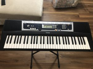 Yamaha Keyboard w/ Stand for Sale in Milpitas, CA