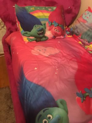 Trolls bedding set with 2 big sheets and big pillow 8 pieces for Sale in Lynn, MA