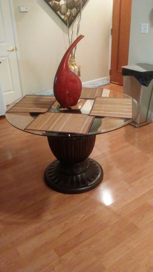 Dinnette table, no chairs for Sale in St. Louis, MO