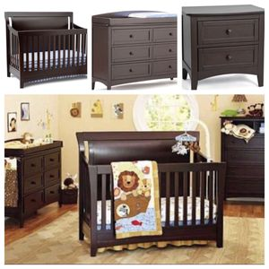 Bedroom Furniture Set (Crib Toddler Bed Full Conversion kits included) for Sale in Whittier, CA