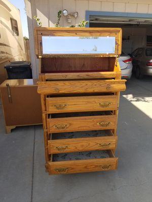 Solid wood oak 5 drawer dresser for Sale in Selma, CA