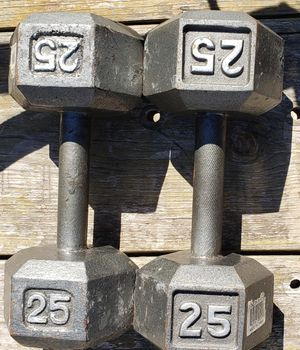 PAIR OF 25 POUND DUMBBELLS (50 POUNDS OF WEIGHT) for Sale in Saginaw, TX