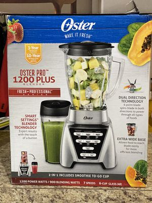 Oster Pro 1200 Plus Blender With Smoothie To-Go-Cup for Sale in Charlotte, NC