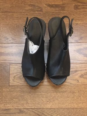 Black Wedges heels size 8 for Sale in Waldorf, MD