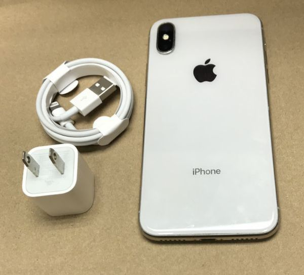 """iPhone x 256GB FACTORY UNLOCKED"""" New with warranty"""