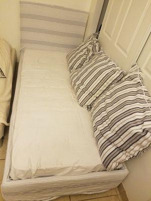 Bed Twin for Sale in North Miami Beach, FL