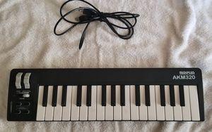 MidiPlus AKM320 Midi Keyboard for Music Production for Sale in Hialeah, FL