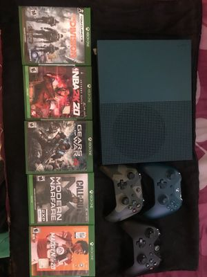 Xbox One w/ games, 3 controllers and cords for Sale in Burlington Township, NJ