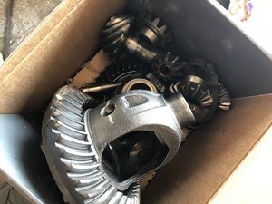 Jeep cherokee XJ parts suspension gears axles and bushwacker for Sale in Kissimmee, FL