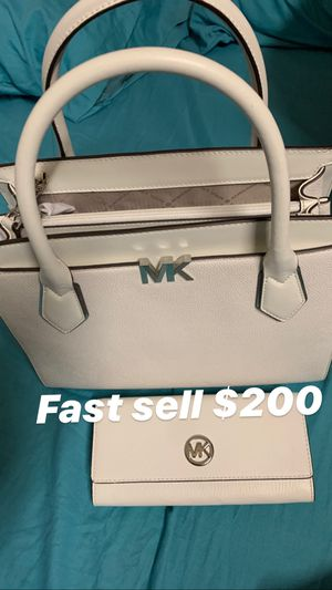 Mk bag n wallet for Sale in Waianae, HI