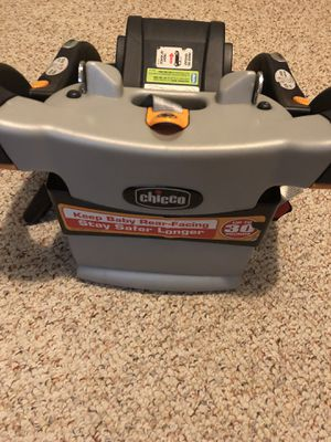 Chicco keyfit car seat base for Sale in Hedgesville, WV