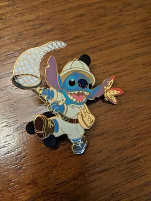 Disney limited edition pin of 250 Stitch butterfly catcher for Sale in Glendale, AZ