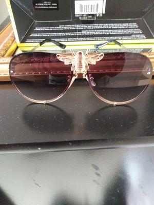 Gucci sunglasses for Sale in Stone Mountain, GA