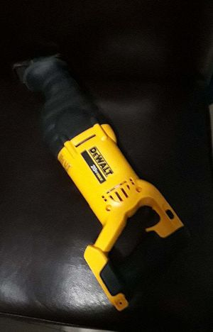 Dewalt Reciprocating saw 20v max for Sale in North Miami, FL