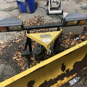 Fisher minute mount plow with Controls for Sale in Waterbury, CT