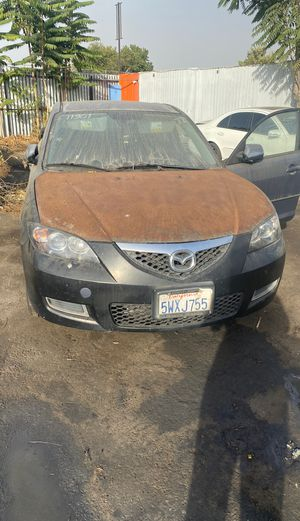 2007 Mazda 3 for parts no motor or catalytic converter for Sale in Los Angeles, CA