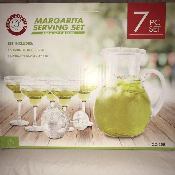 New in box margarita serving set 1 pitcher and 6 glasses