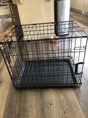 Medium Sized Dog Crate for Sale in Bonney Lake, WA