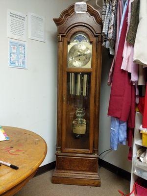 Howard Miller grandfather clock for Sale in Woodstock, GA