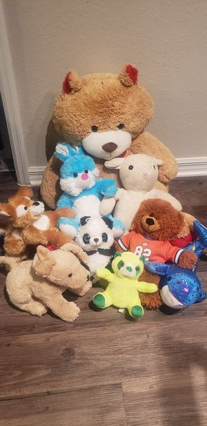 Box of Kids toys, Stuffed animals and books for Sale in Orlando, FL