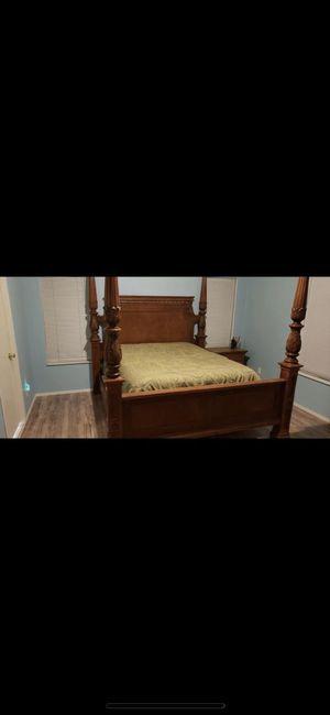 King / California King Bed Frame for Sale in Winlock, WA