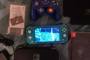 Nintendo Switch Lite Turquoise for Sale in Auburn,  WA