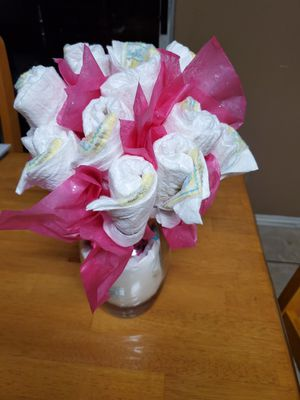Girl Diaper Bouquet Make an Offer for Sale in San Antonio, TX