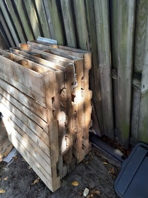 Pallets(5) $6 each, $25 Delivery fee for Sale in Fort Lauderdale, FL