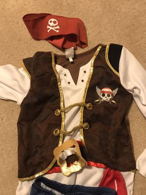 Boys pirate Halloween costume size small for Sale in Atlanta, GA