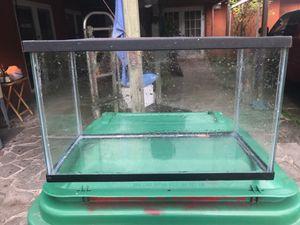 10 gallon fish tank for Sale in Miami, FL