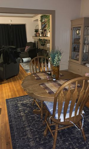 Dining room table with two chairs for Sale in Cleveland, OH