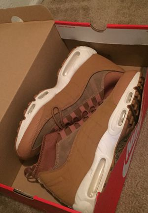 Nike Air Max 95 sneakerboot for Sale in Columbus, OH