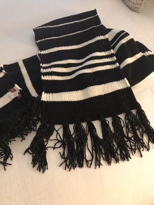 Ladies scarf by Medina for Sale in Delray Beach, FL