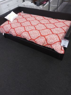 New Leather Twin Sized Day Bed for Sale in West Columbia, SC