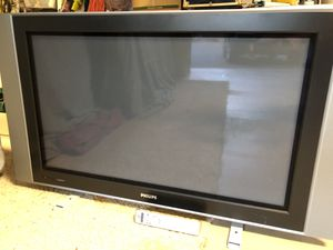 """Philips 43"""" Plasma with Remote, stand and cables for connecting all your games and devices. for Sale in Sunriver, OR"""