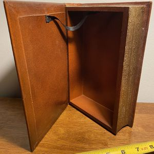 Moby Dick Hide-a-book for Sale in Milwaukie, OR