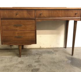 Mid Century desk With 4 drawers Free Delivery for Sale in Huntington Park,  CA