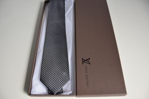 2020 Louis Vuitton LV tie 100% silk for Sale in New York, NY