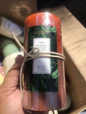 veladoras de olor muy baratas. desde 1 dollar asta 6 dolares por las mas grandes. for Sale in Rialto, CA