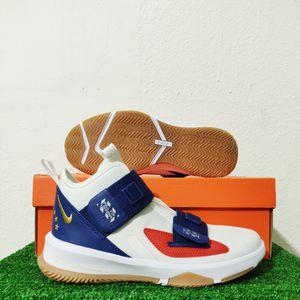 Nike LeBron Soldier 13 LA Big Kids White Basketball Shoes CU4133-124 Size 6Y for Sale in Tamarac, FL