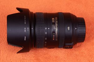 Nikon 18-200mm Lens for Sale in Peoria, AZ