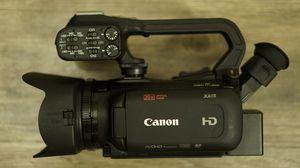 Canon XA15 plus accessories! for Sale in Lynnwood, WA