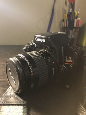 CANON REBEL EOS S II Film Camera with 35-80mm Lens , Vintage for Sale in Bloomingdale, IL