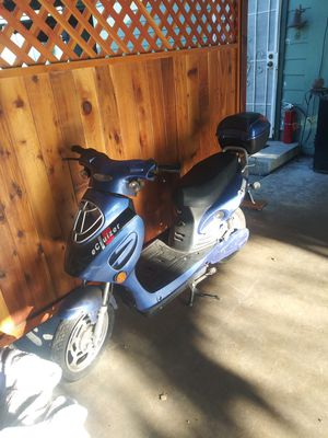 Electric scooter for Sale in Los Angeles, CA