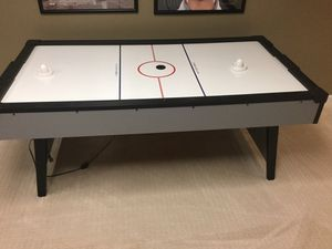Air hockey table for Sale in Brentwood, TN