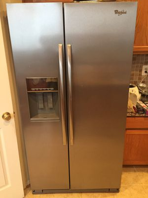 Whirlpool refrigerator for Sale in Ashburn, VA