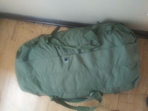 Army green duffle/ backpack for Sale in Murfreesboro, TN