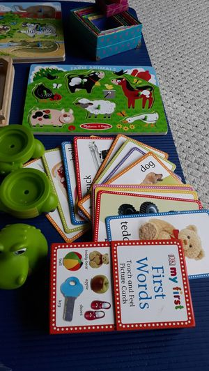 Mantissory. Educatinal baby toys.,pazzels,magnets, touch and feel cards. Very good condition for Sale in Skokie, IL
