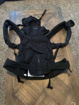 Lillebaby carrier for Sale in Bonney Lake, WA