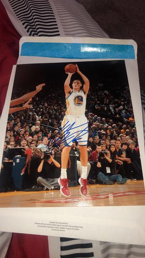 Signed Autograph Photo of Klay Thompson for Sale in Buckeye, AZ
